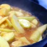 Тушеное яблоко фото рецепт